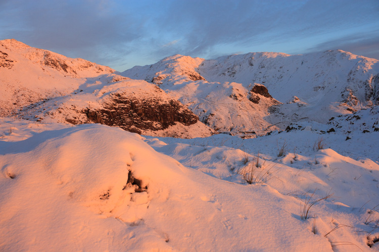 winter sunrise on wetherlam